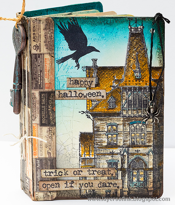 Fall Holiday Eileen Hull Sizzix Tutorials: Stamped and Distressed Halloween Passport Book by Anna-Karin Evaldsson