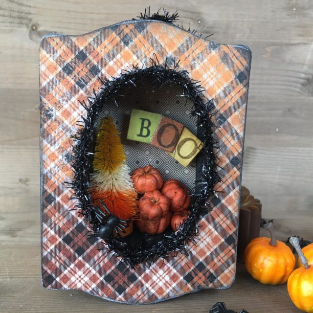 Eileen Hull's New Book Club Sizzix Collection: Halloween Trinket Box by Nicole Wright