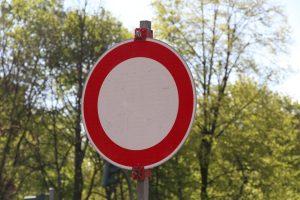Hamburg Eimsbuettel Eimsbüttel Symbolbild Straßensperrung. Foto: Robin Jaede