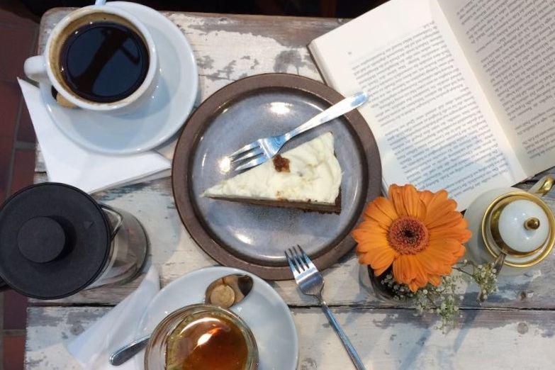 Das Event Books and Breakfast findet im Büchereck Niendorf statt. Foto: Büchereck Niendorf.