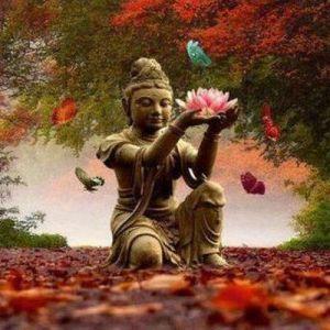 Buddha, der aufgestiegener Meister von Erleuchtung und Nirwana