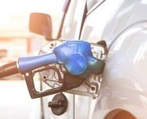 6 ways to save on gas while driving