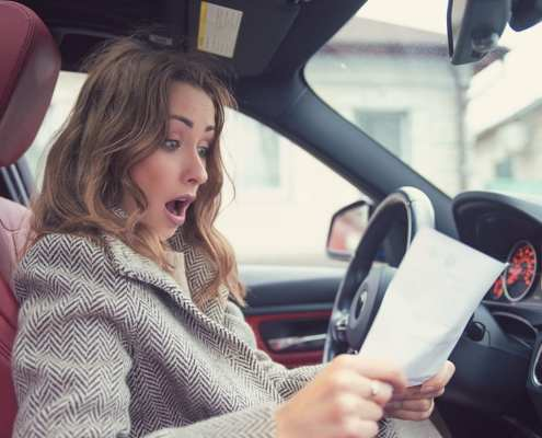 how does a credit score affect car insurance