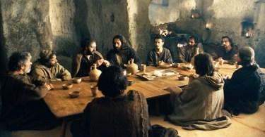 Atos 2.44-45 - Os cristãos primitivos praticaram o comunismo?