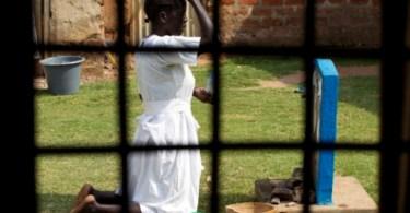 """Cristãs são estupradas em templo para """"punir"""" pastor que """"converte muçulmanos"""""""