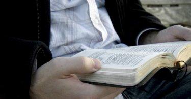Apenas 14% dos cristãos sabem responder questões básicas sobre a Bíblia, nos EUA