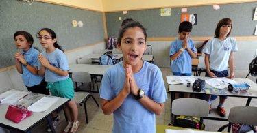 Criança evangeliza colegas judeus e declara que 'Jesus é o Messias', em Israel