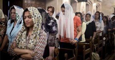 """""""Não temos mais lugar aqui"""": minoria cristã no Egito pede socorro"""