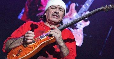 """Guitarrista Santana diz que Deus o livrou do suicídio: """"A voz de Jesus falou mais alto"""""""