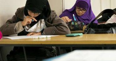 Escola muçulmana financiada pelo Reino Unido promove estupro e violência doméstica