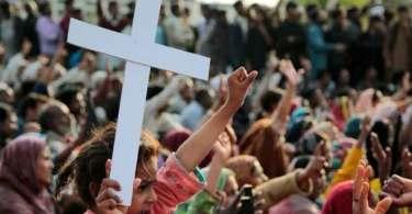 Cristãos sofrem a maior perseguição de todos os tempos, diz pesquisa