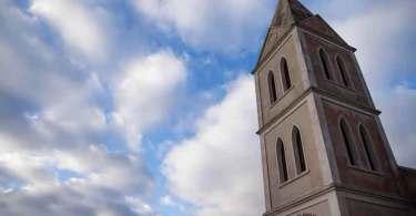 Cidade mais evangélica do Brasil é formada por protestantes tradicionais