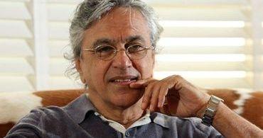 Caetano Veloso ataca conservadores e critica líderes evangélicos