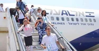 """Cristãos financiam 'retorno' de judeus para Israel: """"Não descansaremos até que todos venham"""""""