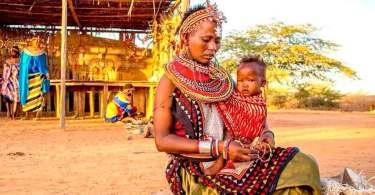 Feiticeira se entrega a Jesus e ajuda a plantar igreja em tribo do Quênia