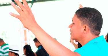 Guerrilheiros tentam matar pastor na Colômbia, mas morrem durante ataque