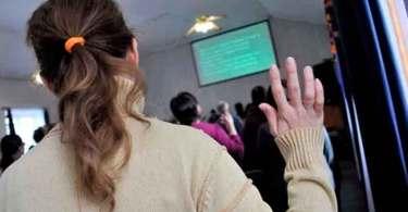 Espiões da KGB se infiltram entre cristãos para tentar fechar igreja, no Tajiquistão