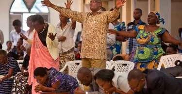 Mais de 6 mil igrejas são fechadas sem aviso prévio pelo governo da Ruanda
