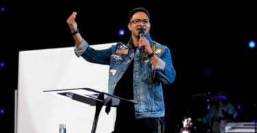 """""""Seu pastor não é seu terapeuta"""", diz evangelista após revelar que já tentou suicídio"""