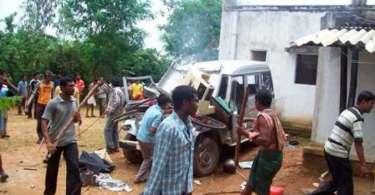 Extremistas atacam 150 cristãos durante oração e deixam 10 mortos, na Índia