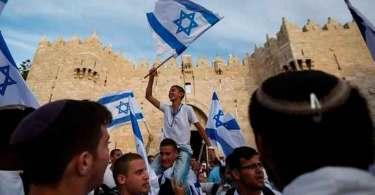 Israel se declara um Estado exclusivamente judeu