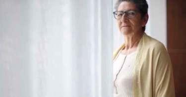 Mulher cristã perdoa e oferece abrigo aos assassinos de sua família
