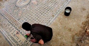 Arqueólogos encontram ruínas de igreja do terceiro século no Armagedom