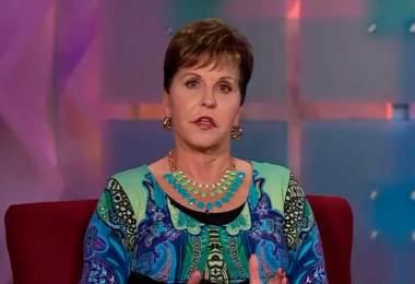 Eu sou a prova viva que Deus pode restaurar alguém do abuso sexual, diz Joyce Meyer