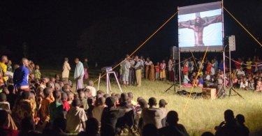 """Filme """"Jesus"""" é traduzido para evangelizar em 1.700 idiomas diferentes"""