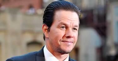 """""""Nada é mais importante do que a fé e a família"""", diz ator Mark Wahlberg"""