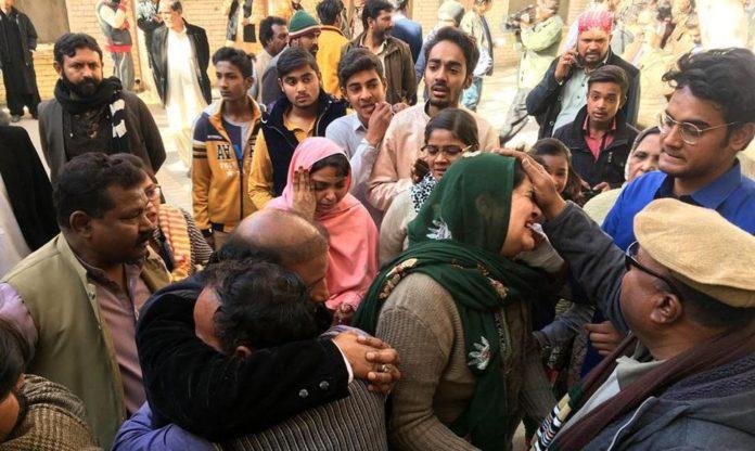 Polícia alerta que terroristas estão prontos para atacar igrejas, no Paquistão