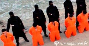 Terroristas, apoiados por comunistas, assassinando cristãos...