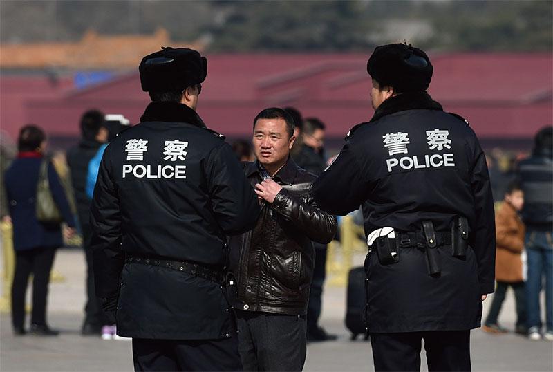 Partido Comunista estabelece 'metas' para policiais prenderem cristãos na China