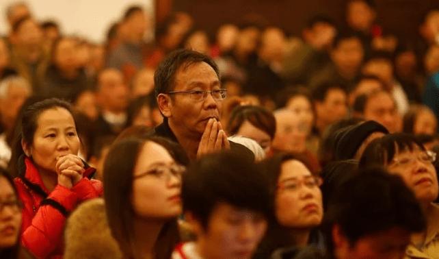 Preferimos viver perseguidos a esconder nossa fé, diz cristão da China