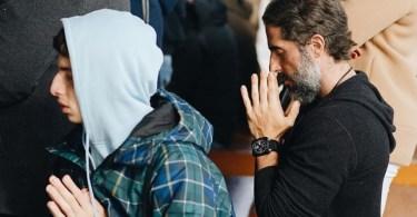 """Marcos Mion incentiva filhos a orarem: """"Jesus Cristo é a base da felicidade"""""""