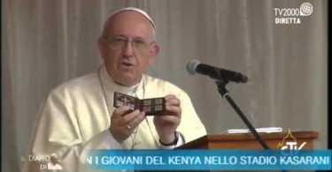 Papa Francisco Chama Deus de Fracassado e Louva Lúcifer