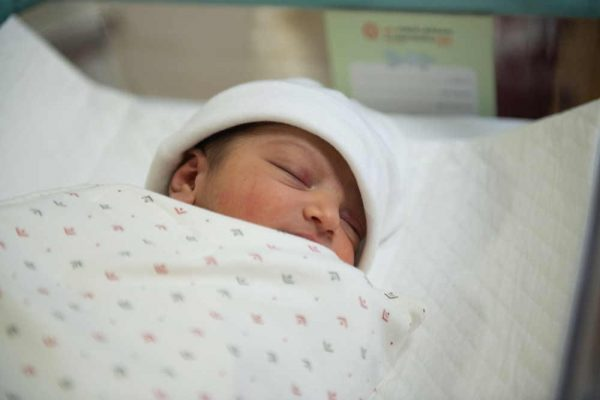 First Baby born to COVID-19 Positive Mother at Al Zahra Hospital Dubai