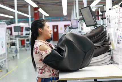Volkswagen y Audi recortan salarios un 50% por Covid-19