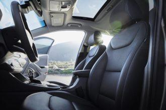 2017 Hyundai Ioniq Hybrid (75)