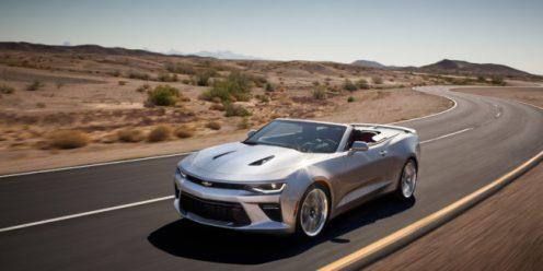 2017_Chevrolet_Camaro_Convertible_2