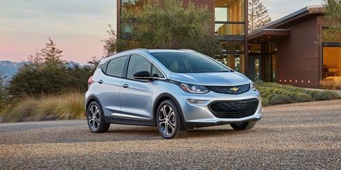 Chevrolet_Bolt_EV_Premier_2017_1