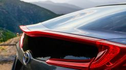 Toyota_Prius_Prime_Advanced_2017_4