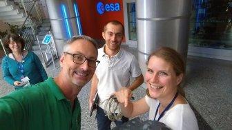 Science selfies are the best selfies!