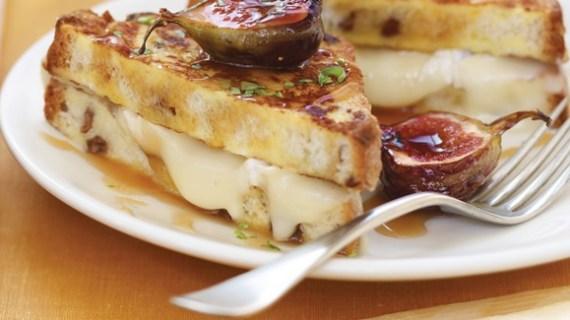 Tips Mengonsumsi Keju Mozarella Kareem Cheese