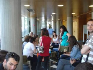 Εθελοντές σε συναντήσεις συνεργασίας