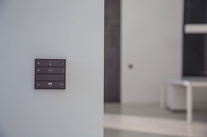 Ekinex KNX Designer Switch from KNX-TECH.ie