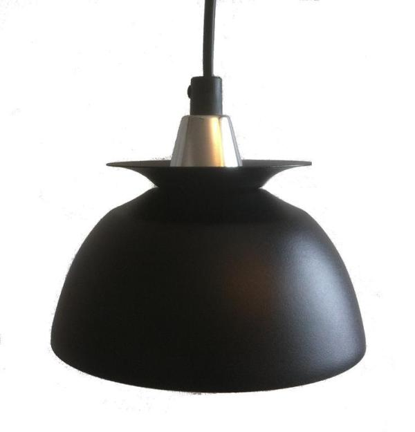 Fönsterlampa Pernilla Svart . 15 cm. Eklunds Metall