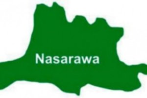 Angry Workers Block Deputy Governor's Convoy Over Unpaid Salaries