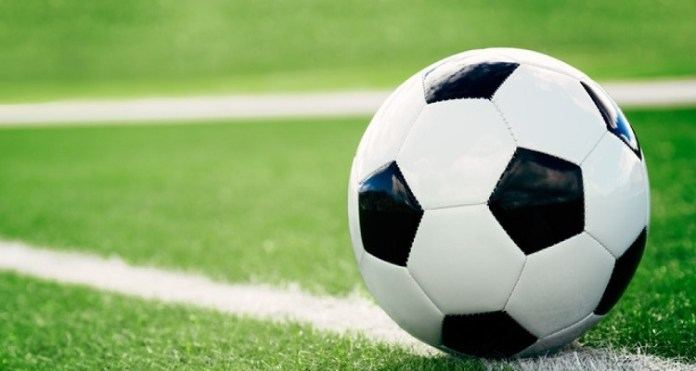 Nigerian Footballer Slumps, Dies On Field