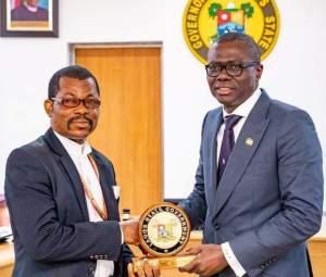 Epe: Lagos Permanent Secretary Pays Condolence Visit To Family Of Award-Winning Principal
